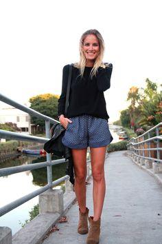 Zara printed drawstring shorts via Fashion Me Now. Click on the image to see more!