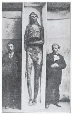 Scientists are remaining stubbornly silent about a lost race of giants found in burial mounds near Lake Delavan, Wisconsin, in May 1912.