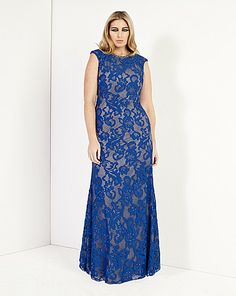 Limited edition at Simply Be: Forever Unique Regina Lace Maxi Dress Curvy Fashion, Plus Size Fashion, Plus Size Formal, Forever Unique, Cocktail Attire, Holiday Dresses, Curvy Style, My Style, Ball Dresses