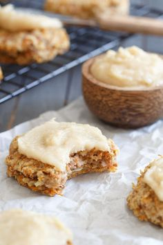 These paleo carrot cake cookies let you enjoy all the classic flavors of the cake minus the grains, dairy and sugar in one healthy bite! You even get that cream cheese frosting flavor too.