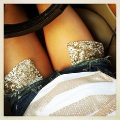 Sequined pockets...if they're gonna show, they might as well be fabulous!