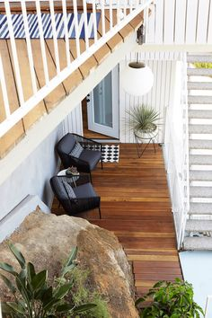 Emily Henderson Oberlin Patio Wood Naturally Deck Stain 7