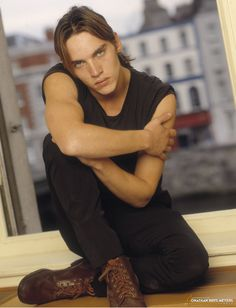 1999 BLISS Jonathan Rhys Meyers smouldering!