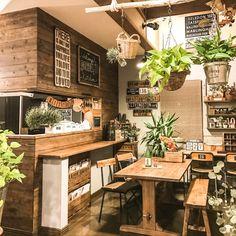 jamm10さんの、GREEN吊るし,インダストリアルな照明,漆喰壁DIY,ドライフラワー,板壁DIY,DIYだいすき,ステンシル,cafe風,インダストリアル,照明DIY,雑貨,流木,観葉植物,アンティーク,ダイニング,キッチン,のお部屋写真
