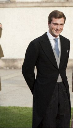 Prince Amedeo of Belgium (26 yrs old) most eligable royals. The prince, is seventh in line to the Belgian throne, currently working as an Analyst at Deloitte in the Financial District of New York City since 2009