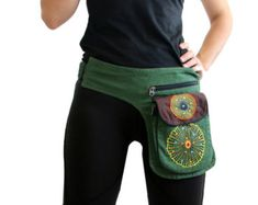 Utility belt Pockets Belt Bag Festival Bag Cotton mens pocket belt Green B. Hip Purse, Hip Bag, Artisanats Denim, Diy Kleidung, Estilo Hippie, Festival Outfits, Festival Clothing, Festival Bags, Belt Pouch