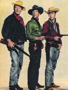 "John Wayne, Dean Martin y Ricky Nelson en ""Río Bravo"", 1959 One of my all-time favorites. Ricky Nelson, Dean Martin, Old Hollywood, Hollywood Stars, Classic Hollywood, I Movie, Movie Stars, Westerns, The Quiet Man"