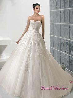 Die 121 Besten Bilder Von Brautkleider Dress Wedding Groom Attire