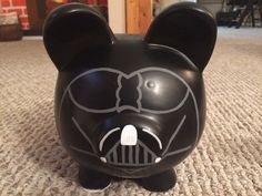 Darth Vader Star Wars Hand Painted Ceramic Piggy by KaleyCrafts Darth Vader Star Wars, Pig Bank, Star Wars Personajes, Paint Your Own Pottery, Its My Bday, Star Wars Party, Hand Painted Ceramics, Ceramic Painting, Pretty Art