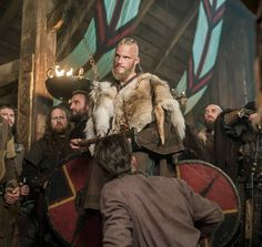 Episode 16 of History's Vikings saw Lagertha threatened by Ragnar's son, Ivar, and the confirmation by Odin of Ragnar's death. So, what does Episode 17 have in store for . Vikings Season 4, Vikings Show, Real Vikings, Vikings Tv Series, Floki, Ragnar Lothbrok, Lagertha, Sons Of Ragnar, Pete Dragon