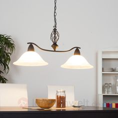 Diese #Esszimmerleuchten im #Landhausstil der Marke Lampenwelt.com werden mit speziellen LED-Leuchtmitteln ausgeliefert, welche für ein sehr behagliches, warmweißes Licht sorgen.