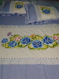 Bed Sheet Painting Design, Bed Cover Design, Cheap Gift Bags, Painted Clothes, Baby Pillows, Logo Sticker, Canvas Pictures, Paint Designs, Scraps Quilt