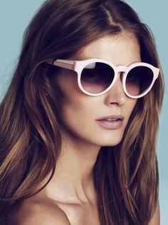 dd4adb73f8ee15 Stella McCartney s sunglasses Lunettes Noires, Lunettes De Soleil, Lunette  De Vue, Spectacle,
