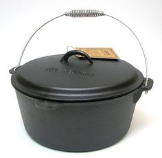 Enjoy classic country cooking with this 8 quart, cast iron, flat-bottomed Dutch Oven. Made from sturdy cast iron and in a generous 8 quart size, this dutch oven can cook almost anything a large family