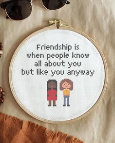 If this isn't true friendship, I don't know what is?🙈 Tag your bestie. Om detta inte är sann vänskap så vet jag inte vad som är det?🙈 Tagga din bästis. Is, Embroidery For Beginners, Finding Peace, Cross Stitch Designs, Diy Kits, Tool Design, Folklore, Design Crafts, Wall Hangings