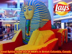 Join me on my journey around the world, with Lays South Africa I love the The Great Sphinx in Giza, however my idea of the The Great Sphinx is more like the Counterpart Made Out Of M&M's In British Columbia, Canada....and yes, these milk chocolate candies DO melt in your hand...so I can only imagine how difficult it was to complete this masterpiece.  I would love to enjoy a packet of #Lays SALT & BLACK PEPPER whilst admiring this statue of M&M's...