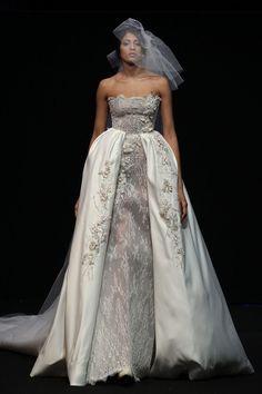 Robe de mariée Abed Mahfouz, une transparence sensuelle : Haute couture printemps-été 2015 : les plus belles robes de mariée - Journal des Femmes