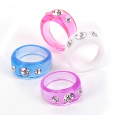 Toy 3-Diamond Stone Ring (Bulk Pack of 36 Rings) at theBIGzoo.com, an animal-themed store established in August 2000.