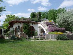 O pereche de construit casa de vis în dealurile Szentendre Island