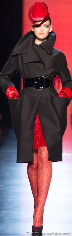Jean Paul Gaultier Fall 2013 Couture - Runway Photos - Fashion Week - Runway, Fashion Shows and Collections - Vogue Fashion Week, Paris Fashion, Runway Fashion, High Fashion, Fashion Show, Autumn Fashion, Fashion Design, Review Fashion, Jean Paul Gaultier