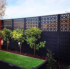 Decorate your outdoors with 👌 extended the privacy of this backyard with their Orbit Décor screens. Tap to view product details. Backyard Privacy Screen, Privacy Fence Designs, Privacy Landscaping, Backyard Pool Landscaping, Outdoor Privacy, Backyard Garden Design, Backyard Fences, English Garden Design, Garden Screening