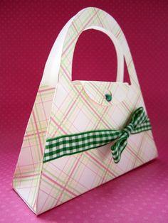 Free SVG File 161 – Cute Purse Bag