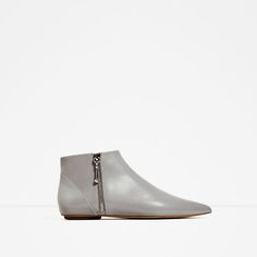 ZARA - WOMAN - FLAT POINTED LEATHER ANKLE BOOTS