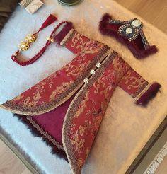 Felt Embroidery, Deco Design, Islamic Art, Floral Arrangements, Ottoman, Dresses, Decor, Cribs, Emboss