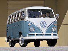 67 Volkswagen T-1 Deluxe Bus
