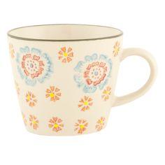 Diese wunderschöne Keramik Tasse von Clayre & Eef könnte auch bald Ihren Frühstückstisch aufpeppen. Ein kleiner Blickfang, der bestimmt bald zu Ihrem Lieblingsstück wird. Die Tassen sind handbedruckt und die Farben sind erhaben auf der Keramik, daher gleicht keine Tasse der Anderen und Unregelmäßigkeiten in Material und Muster sorgen für den außergewöhnlichen Charme dieser Tassen. Auch als Geschenkidee bestens geeignet.
