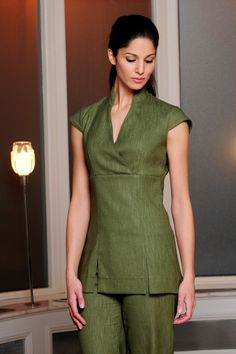 NICOLE Beauty Tunic in Moss Green, perfect for a spring look.