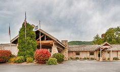Groupon - Stay at Best Western Mountain Lodge in Banner Elk, NC, with Dates into October  in Banner Elk, NC. Groupon deal price: $59