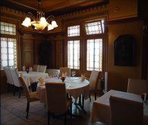 Chalet Indien, Horgen Oberdorf www. Conference Room, Hospitality, Table, Gems, Furniture, Home Decor, Indian, Decoration Home, Gemstones