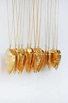 gold ARROWHEAD necklace, this is one of my season must haves :)