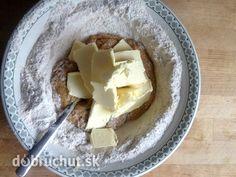 Krehké cesto zo špaldovej múky Eastern European Recipes, Healthy Desserts, Recipies, Dairy, Quiche, Pudding, Cheese, Cooking, Sweet