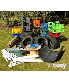 Easy Diy Garden Projects You'll Love Eyfs Outdoor Area, Outdoor Play Areas, Outdoor Fun, Natural Playground, Outdoor Playground, Playground Ideas, Outdoor Learning Spaces, Outdoor Education, Eyfs Classroom