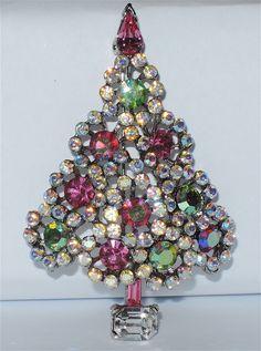 Lisner Pin & Green AB Rhinestone Christmas Tree Pin