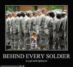 Four-year-old Paige Bennethum really, really didn't want her daddy to go to Iraq. So much that when Army Soldier lined up in formation at his deployment this July, she couldn't let go. No one had the heart to pull her away. Military Love, Military Brat, Army Brat, Military Quotes, Military Pictures, Military Honors, Military Deployment, Cute Stories, Awesome Stories