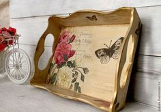 How to make a decoupage box – Easy Tutorial – DIY Decoupage Wood, Decoupage Vintage, Diy Arts And Crafts, Diy Crafts, Vintage Rosen, Painted Trays, Paper Artwork, Painting On Wood, Masters