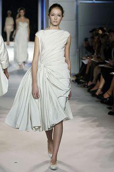 Giambattista Valli Spring 2006 Ready-to-Wear - Collection - Gallery - Style.com