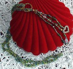 Handmade vintage lariat glass necklace adjustable art-deco green beaded jewelry