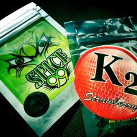 There are many reports on blogs and anecdotes from news stories nationwide that used of K2 or Spice has led young people to become mentally ill, become hospitalized, or commit suicide. Several deaths have been linked to synthetic cannabinoids use.