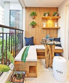 Apartment balcony decorating ideas whether you're looking for small apartment balcony furniture, balcony flooring or small balcony decorating ideas on a budget we have it. Small Balcony Design, Small Balcony Garden, Small Balcony Decor, Small Terrace, Small Patio, Garden Spaces, Balcony Ideas, Small Balconies, Terrace Design