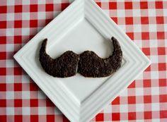 Le moustachu...