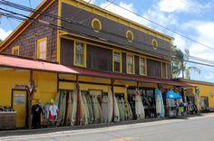 Surf N Sea Shop in Haleiwa - Built in 1921 it is Hawaii's Oldest Surf & Dive Shop