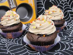 Chocolate Pumpkin Cupcakes 1