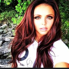 Jesy Nelson is SO pretty and she is an amazing singer