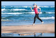 Wie ich Lauf-Technikübungen in meinen Trainingsalltag integriere, erfahrt ihr in meinem 1. Beitrag zum Lauf-ABC: https://eiswuerfelimschuh.wordpress.com/2015/12/15/lauf-abc-teil-deines-trainings-teil-1-fitness-triathlon/  { #Triathlonlife #Training #Triathlon } { via @eiswuerfelimsch } { #motivation #running #run #laufen #trainingday #triathlontraining #sports #fitness #berlinrunnersontour #berlinrunners } { #pinyouryear } { #wallpaper } { #tomtom @brooksrunningde @casalltraining }