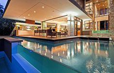 Diseño de Interiores & Arquitectura: Mezcla espectacular de las materias primas y del color que aparecen por SGNW Casa en Sudáfrica
