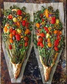 Baker Hannah P of Blondie + Rye creates wonderfully colorful floral landscapes and bouquets using her signature homemade sourdough bread adorned with Vegetarian Recipes, Cooking Recipes, Healthy Recipes, Healthy Food, Bread Art, Rye Bread, Sourdough Bread, Good Food, Yummy Food